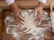 Mąka na biurku Obrazy Stock