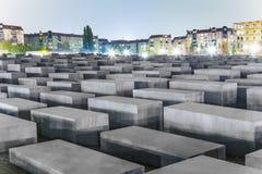 000 0 2 38m 4 19 711 8m 95m安排了柏林混凝土包括宽变化的包括的域德国网格高度浩劫长的m纪念米模式站点平板倾斜的方形stelae 免版税库存照片
