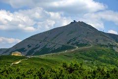 1602 m n高峰snezka M 免版税库存照片
