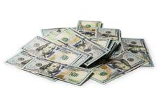 M?nga packe av USA 100 dollar isolerade sedlar arkivfoton