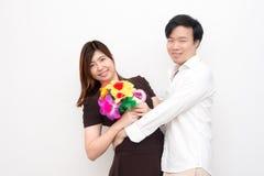 Młoda Azjatycka para na walentynki ` s dniu Obraz Stock