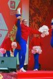 Młoda dama taniec na scenie Zdjęcia Royalty Free