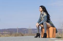 Młoda dziewczyna na drodze Obraz Royalty Free