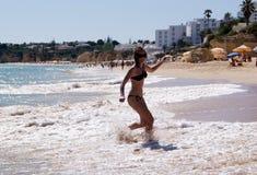 Młoda dziewczyna na wakacje Obrazy Royalty Free