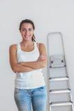 Młoda kobieta w jej nowym domu Obraz Stock