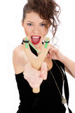 Młoda kobieta z slingshot Obrazy Royalty Free