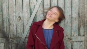 Młoda kobieta z stomatologicznymi brasami zbiory