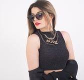 Młoda kobieta z sunglacess fotografia stock
