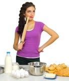 Młoda kulinarna kobieta Obraz Royalty Free