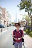 Młoda Turystyczna kobieta W Dubaj Fotografia Royalty Free