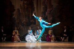 Młode tancerz baleriny w klasowym klasycznym tanu, balet Obraz Royalty Free