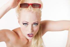 Młodej blond kobiety agresywny spojrzenie Obrazy Royalty Free