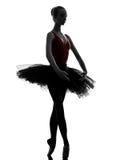 Młodej kobiety baleriny baletniczego tancerza dancingowa sylwetka Zdjęcia Royalty Free