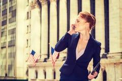 Młody bizneswoman pracuje w Nowy Jork Zdjęcie Stock
