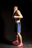 Młody bokser na defensywie Zdjęcia Stock