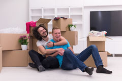 Młody homoseksualny pary chodzenie w nowym domu Obraz Royalty Free