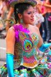 Młody lokalny kobieta taniec podczas festiwalu Dziewiczy De Los angeles Ca Obrazy Stock