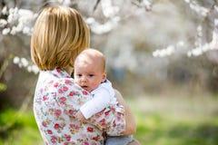 Młody mama z dzieckiem Obrazy Royalty Free