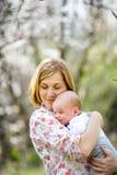 Młody mama z dzieckiem Zdjęcie Royalty Free