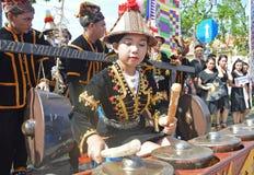 Młody pokolenie z starymi instrumentami Zdjęcie Royalty Free