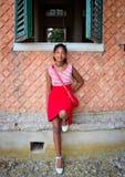 Młody turysta w Tuscany podziwia krajobraz Zdjęcia Royalty Free