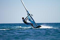 Młody windsurfer boczny widok Zdjęcie Stock