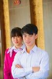 Młodych azjatykcich frontowego biurka kierowników salowy hotel zdjęcia stock