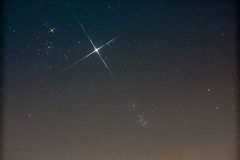 (M45) Pleiades, Jupiter i Taurus Obrazy Royalty Free