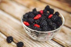Mûres et fraises Photos libres de droits