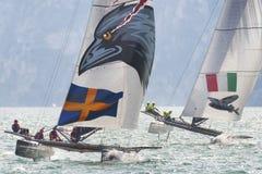 M32 série mediterrânea, uma competição rápida do catamarã da navigação Fotos de Stock