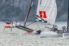 M32 série mediterrânea, uma competição rápida do catamarã da navigação Fotografia de Stock