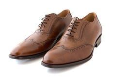 Męscy moda buty na bielu Obrazy Stock