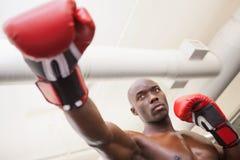Męski boksera napadanie z jego w zdrowie klubie dobrze Obrazy Royalty Free