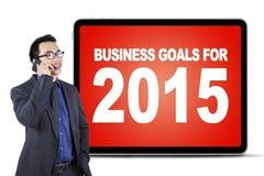Męski kierownik z biznesowymi celami na desce Zdjęcie Royalty Free