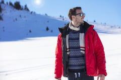 Męski portret na niebieskiego nieba tle na zimie Fotografia Royalty Free