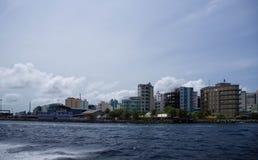 Męski widok miasto od oceanu Zdjęcie Stock