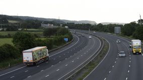 M5 vicino a Bristol, Inghilterra Con poco traffico stock footage