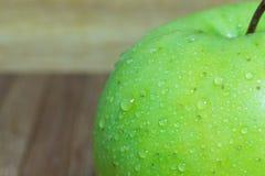 Maçã verde friável Fotografia de Stock Royalty Free