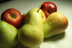 maçãs & peras Fotografia de Stock