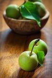 Maçãs de Não-GMO Foto de Stock Royalty Free