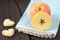 Maçãs frescas, prontas para ser comido fotos de stock royalty free