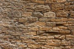 Maçonnerie d'un mur en pierre antique érodé Image libre de droits