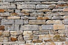 Maçonnerie de granit, mur en pierre gris rugueux, fond de texture images stock