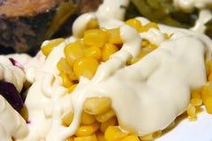Maíz, mayonesa cubierta Imagen de archivo