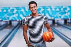 Maître de bowling image libre de droits