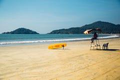 Maître nageur à la plage de Palolem, Goa Photos libres de droits