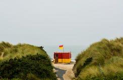 Maître nageur Station à la baie de Brittas Photographie stock