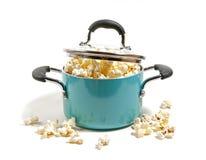 Maïs éclaté de bouilloire Image stock
