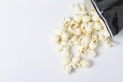 Maïs éclaté du renversement ci-dessus Image stock