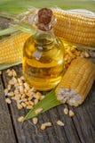 Maïs avec l'huile de maïs Image stock